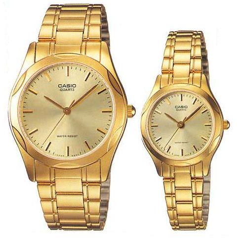 His And Hers Watch Sets >> Casio For His And Her Analog Stainless Steel Watch Set Souq Uae