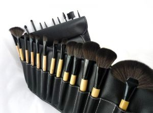 3c98b6ed19 Professional 24 pcs set Makeup Brush make up brushes tool kits with nylon  hair