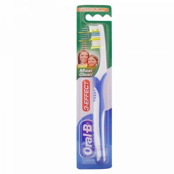 Oral B Three-Effect Maxi Clean Toothbrush - 40M, Multi Color