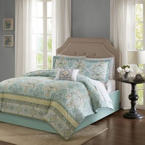 Madison Park Essentials Cara Twin Size Bed Comforter Set Bed In A