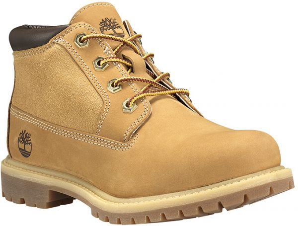 Timberland Nellie Chukka Boots for Women - Brown  5d1ef2a72d