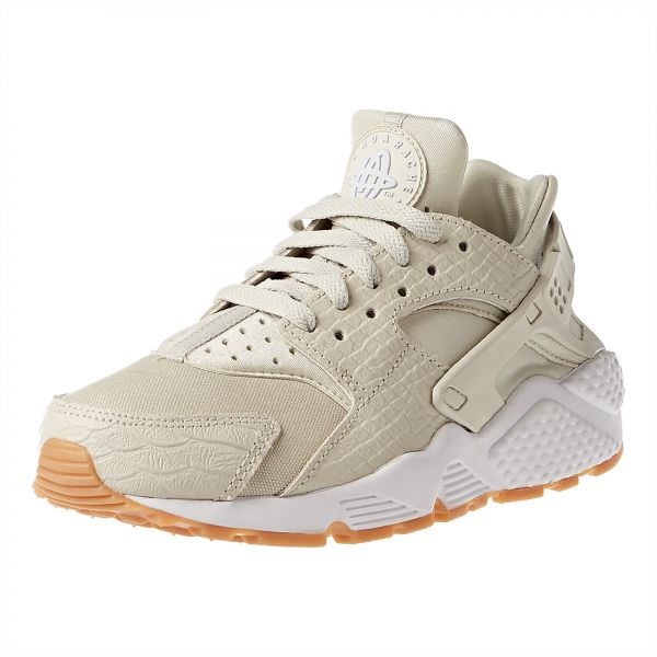 4ea496564d7d Nike Air Huarache Run SE Running Shoe For Women
