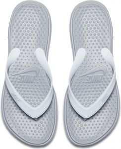 32bb3a89ff28 Nike Solay Thong For Women