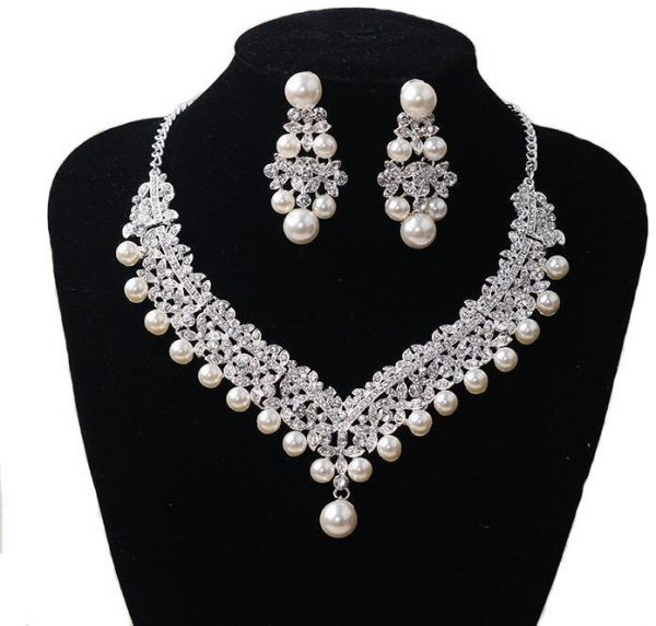 Women's Pearl necklace earrings Joker Earring Necklace Jewelry Set Clothing accessories Personality fashion match