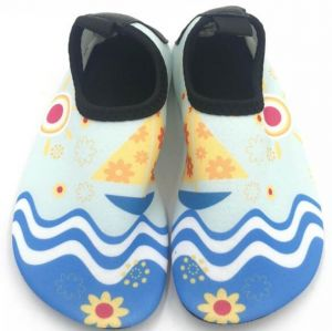 3a12bdfc86be Water Shoes Barefoot Quick-Dry Aqua Yoga Socks Slip-On Design Outdoor beach  surfing Sports Parenting Shoes