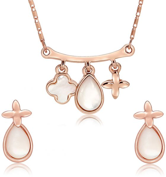 Latest Women Necklace Bling Jewelry Gold Chain Necklace Designs Set