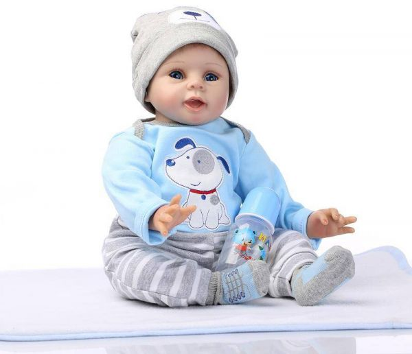 8fd7d7aba243 Nicery Reborn Baby Doll Soft Simulation Silicone Vinyl 22inch 55cm Magnetic  Mouth Lifelike Boy Girl Toy Blue Dog 55C076