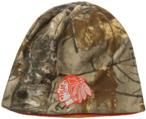 buy online 0e40d 0c7a6 Old Time Hockey NHL Chicago Blackhawks Men s Landon Realtree Knit Hat, One  Size, Camo Orange