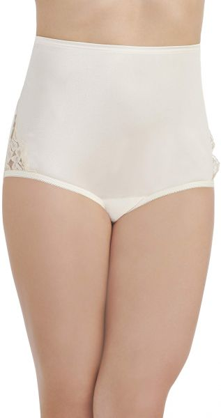 7a27fdda07 Vanity Fair Women s Perfectly Yours Lace Nouveau Brief Panty 13001 ...