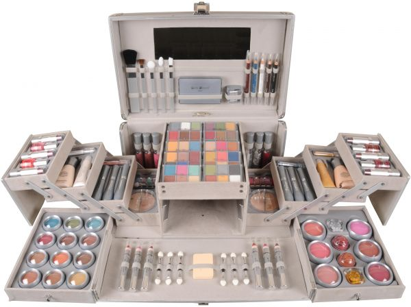 Max Touch Vanity Case Makeup Kit ddb7bbbe5f2d